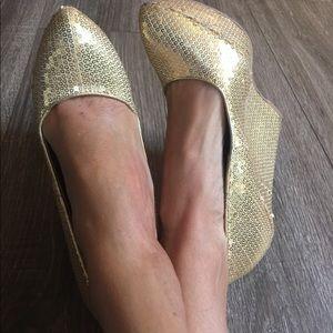 QUPID Gold Sequin Wedges High Heels Platforms